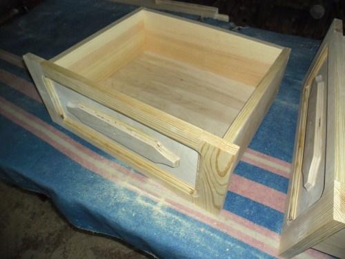 Выдвижные ящики для шкафа своими руками