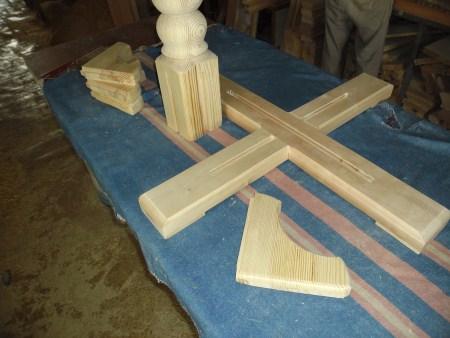 Изготовление стола на одной ножке