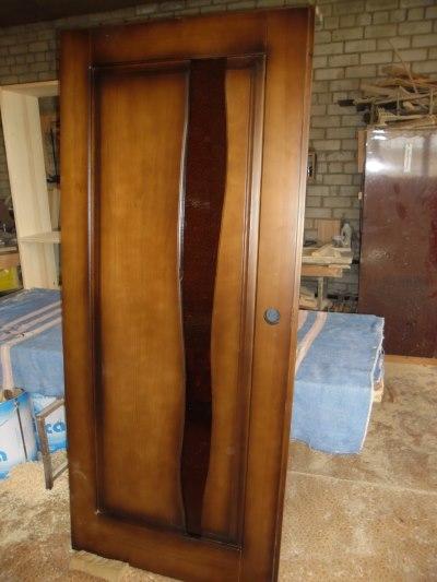 Сделать двери из дерева
